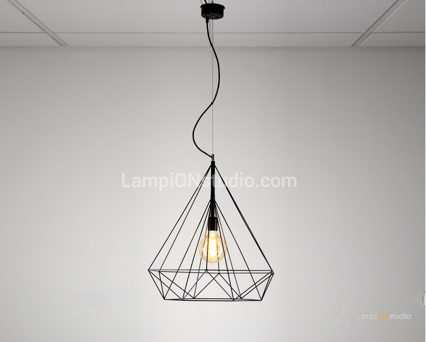 Big Diamon Hanging Lamp Shade Constructed With Steel Wires Chandelier Wiring Black White